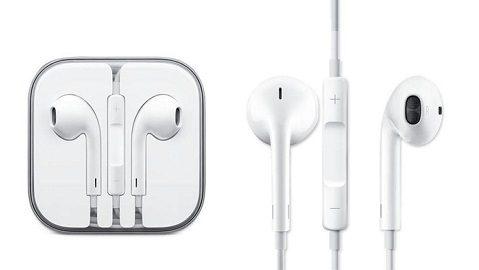 Original Apple EarPods with 3.5mm Headphone Plug